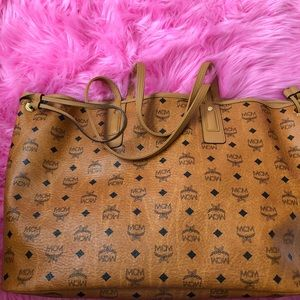 MCM Authenthic Large Tote